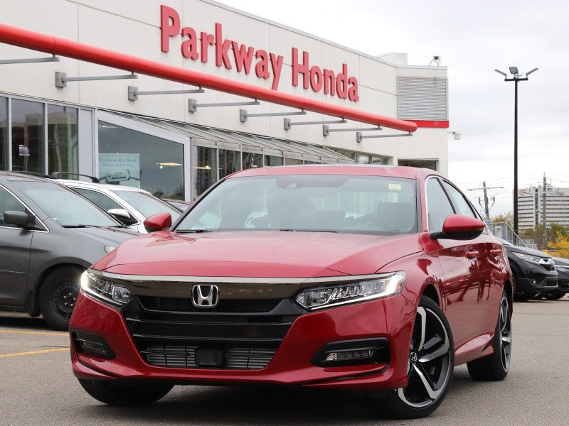 New 2018 Honda Accord Sedan Sport 1.5 - Manual Transmission - Demo - Manager Driven