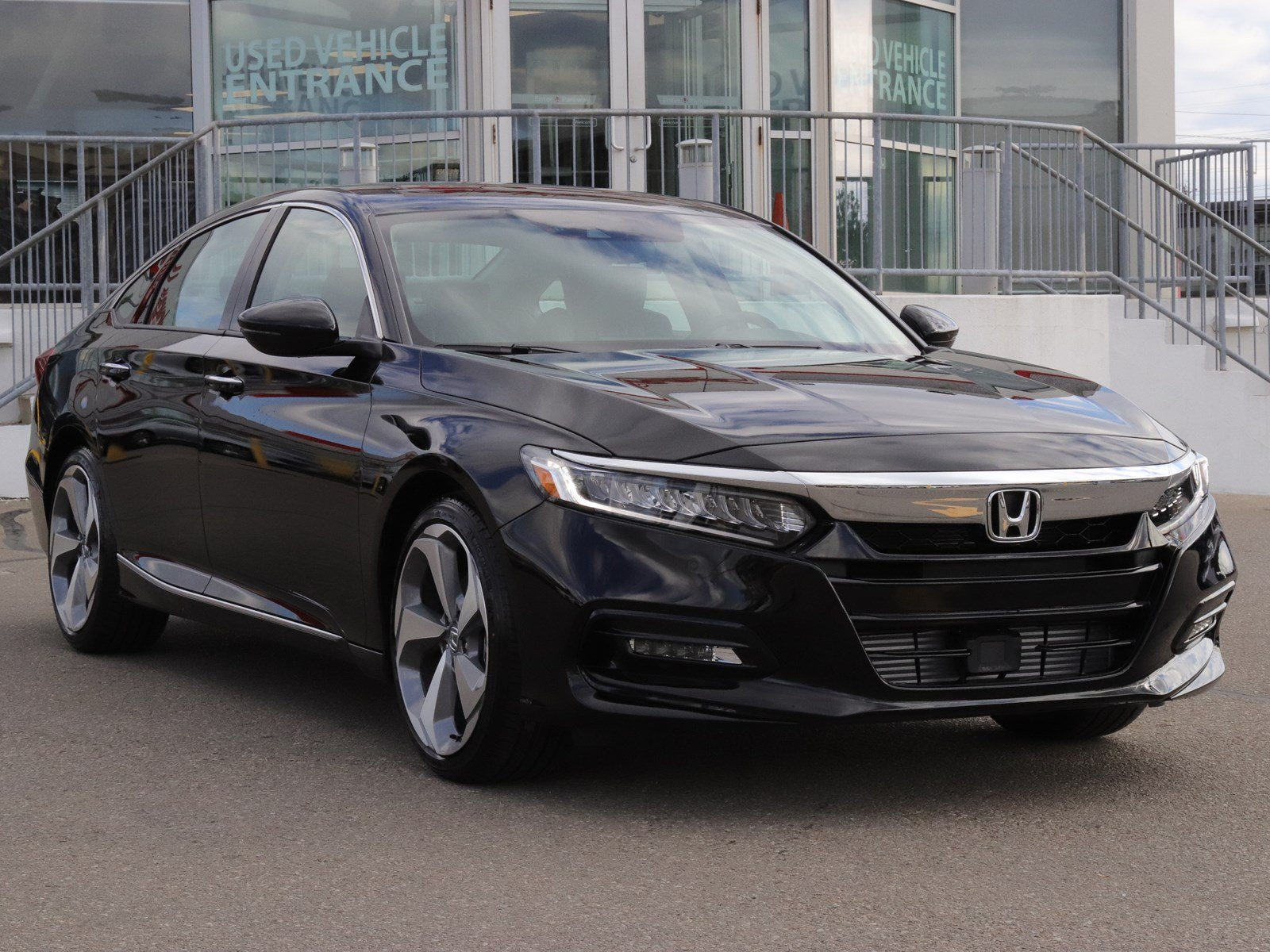 New Honda Accord >> New 2018 Honda Accord Sedan Touring - Demo - Driven by ...
