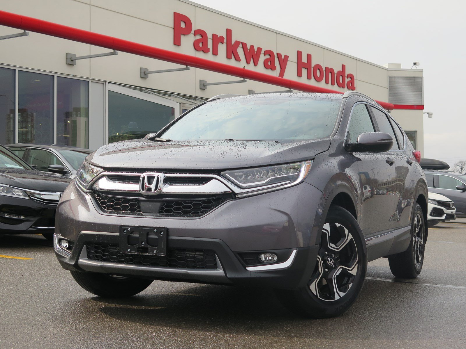 Pre-Owned 2017 Honda CR-V Touring - Demo ($750 incentive available)